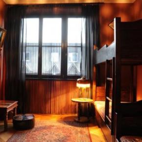 호스텔 - Hostel Deco