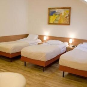 호스텔 - Kajzer Hostel & Apartments