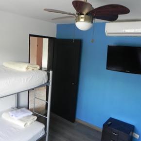 호스텔 - Tamarindo Inn