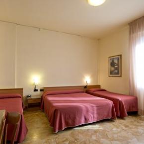 호스텔 - Careggi Hotel