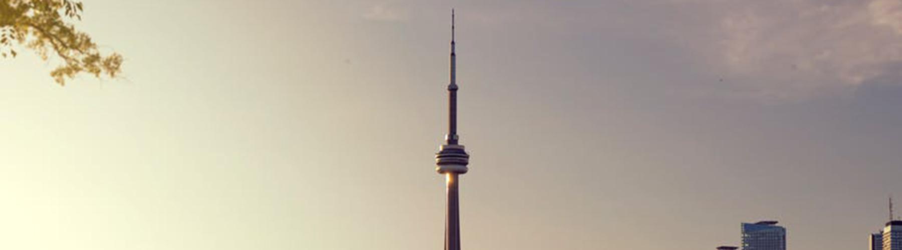 토론토 - CN 타워에 가까운 호스텔. 토론토의 지도, 토론토에 위치한 호스텔에 대한 사진 및 리뷰.