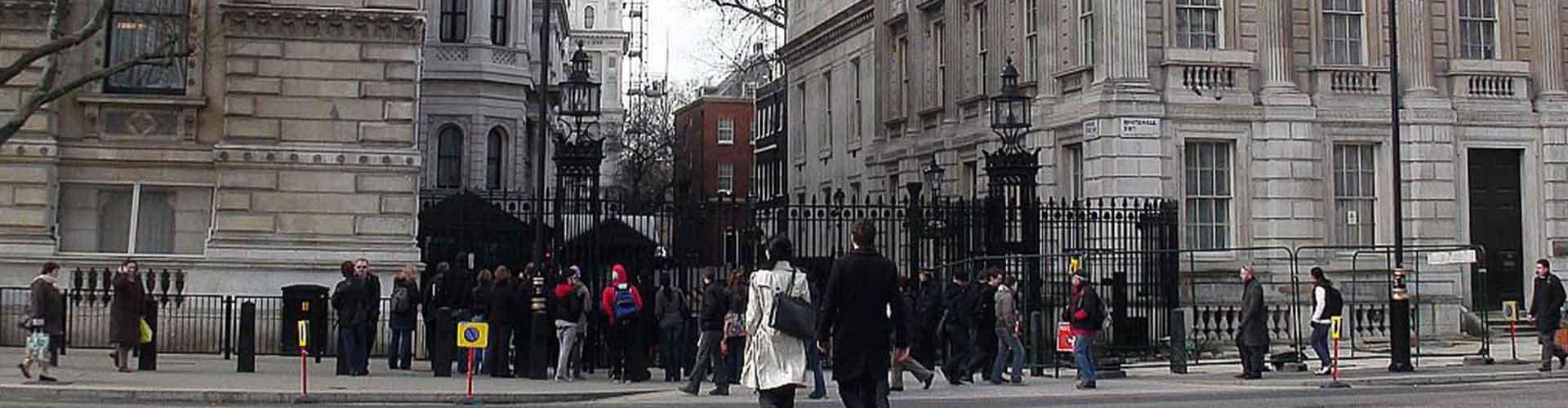 런던 - 다우닝가 10번지 와 가까운 호스텔. 런던의 지도, 런던에 위치한 호스텔 사진 및 후기 정보.