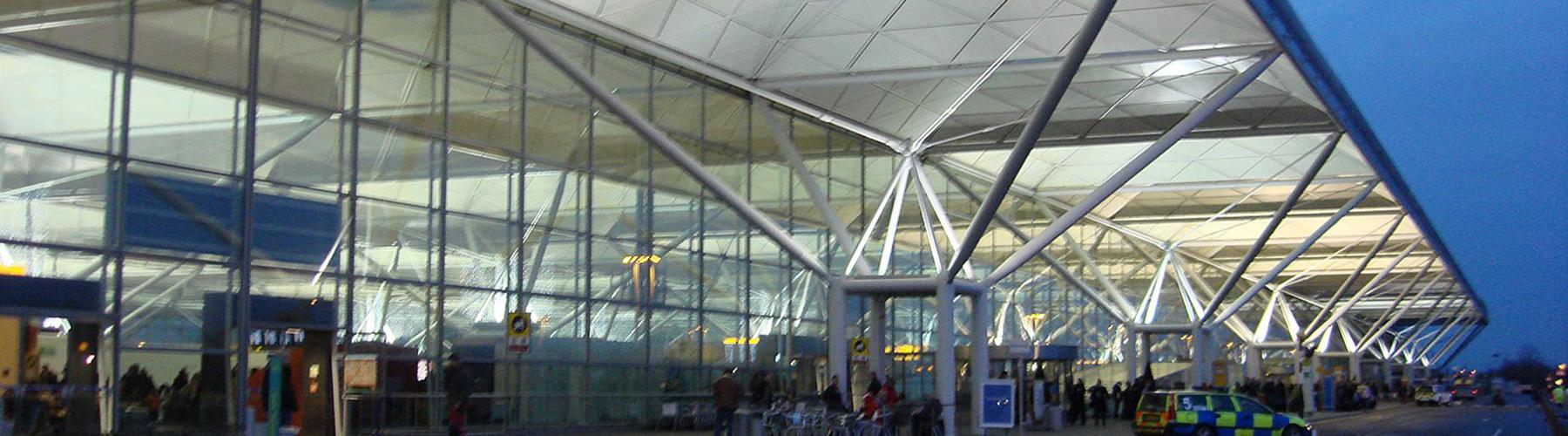 런던 - 런던 스탠스테드 공항와 가까운 호스텔. 런던의 지도, 런던에 위치한 호스텔 사진 및 후기 정보.