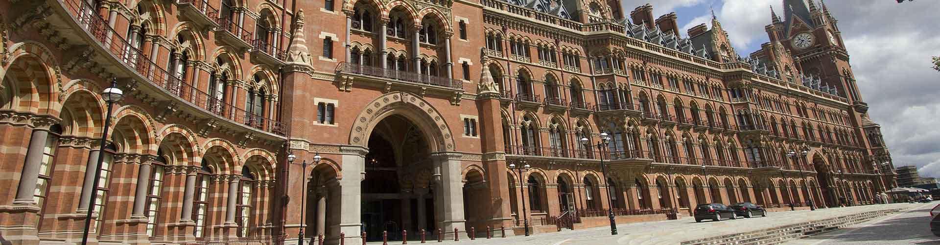 런던 - 세인트 판크라스 철도역에 가까운 호스텔. 런던의 지도, 런던에 위치한 호스텔에 대한 사진 및 리뷰.