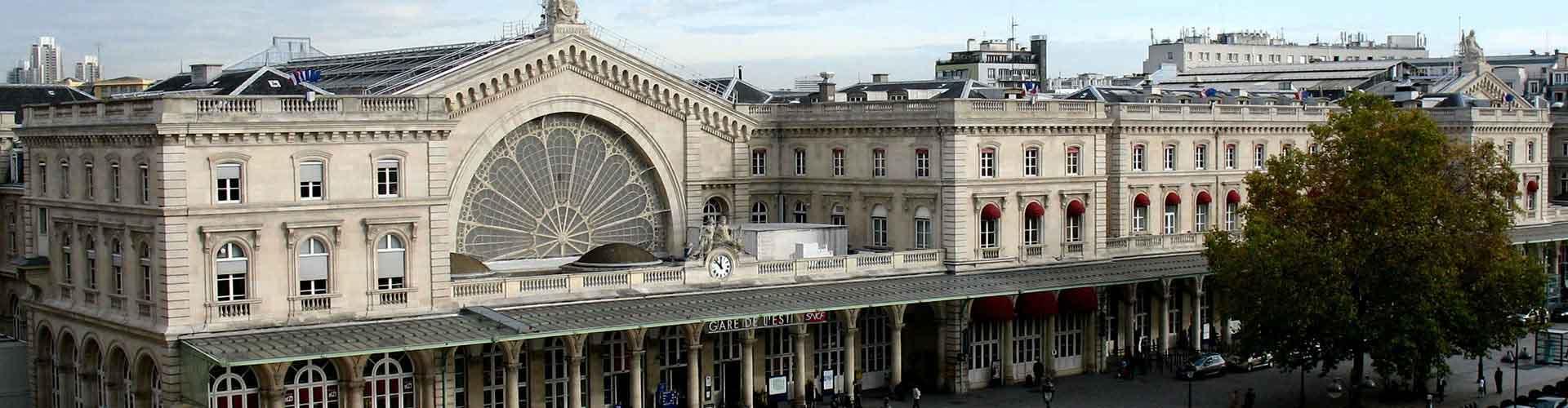 파리 - Gare de l'Est railway station에 가까운 호스텔. 파리의 지도, 파리에 위치한 호스텔에 대한 사진 및 리뷰.