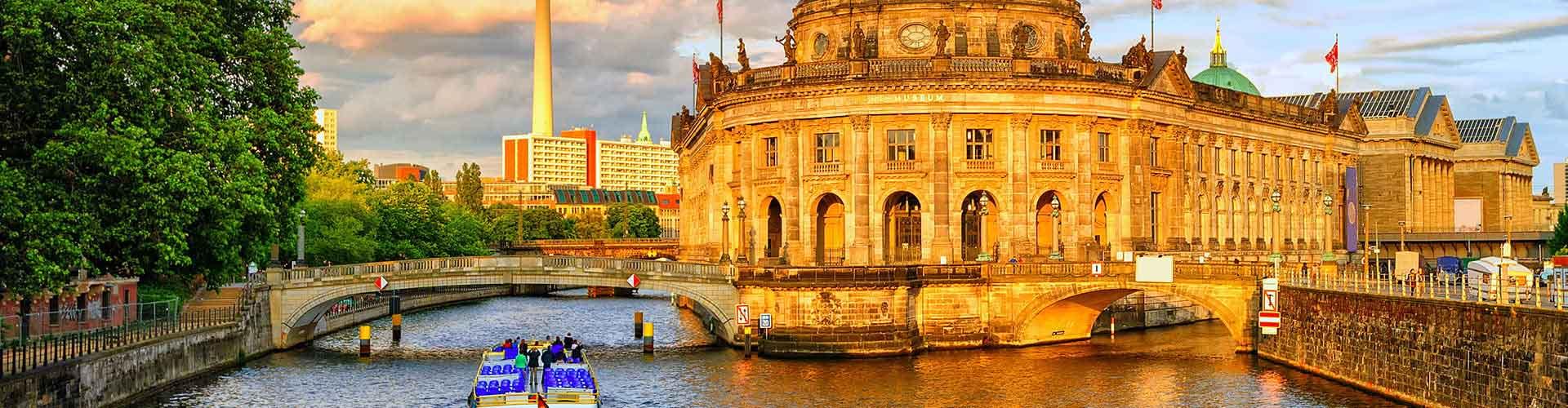 베를린 - Moabit지역에 위치한 호스텔. 베를린의 지도, 베를린에 위치한 호스텔에 대한 사진 및 리뷰.