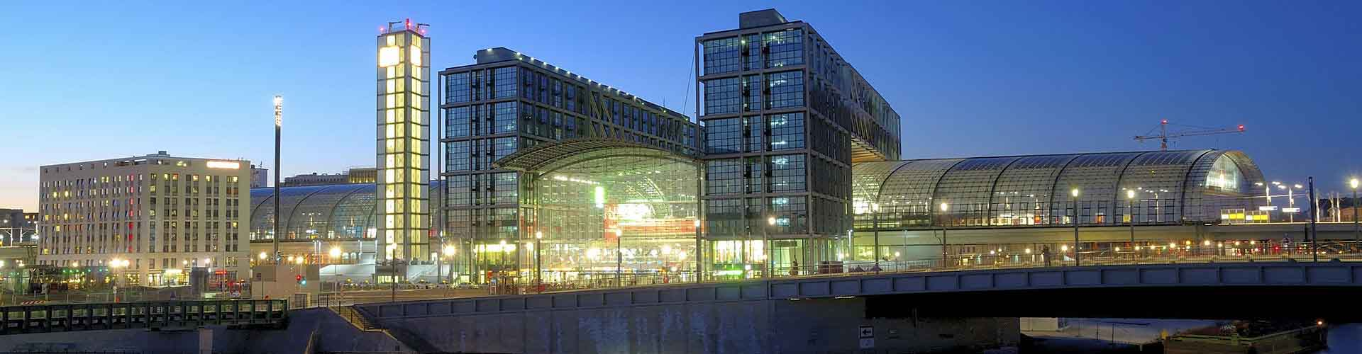 베를린 - 베를린 하프반호프역에 가까운 호스텔. 베를린의 지도, 베를린에 위치한 호스텔에 대한 사진 및 리뷰.