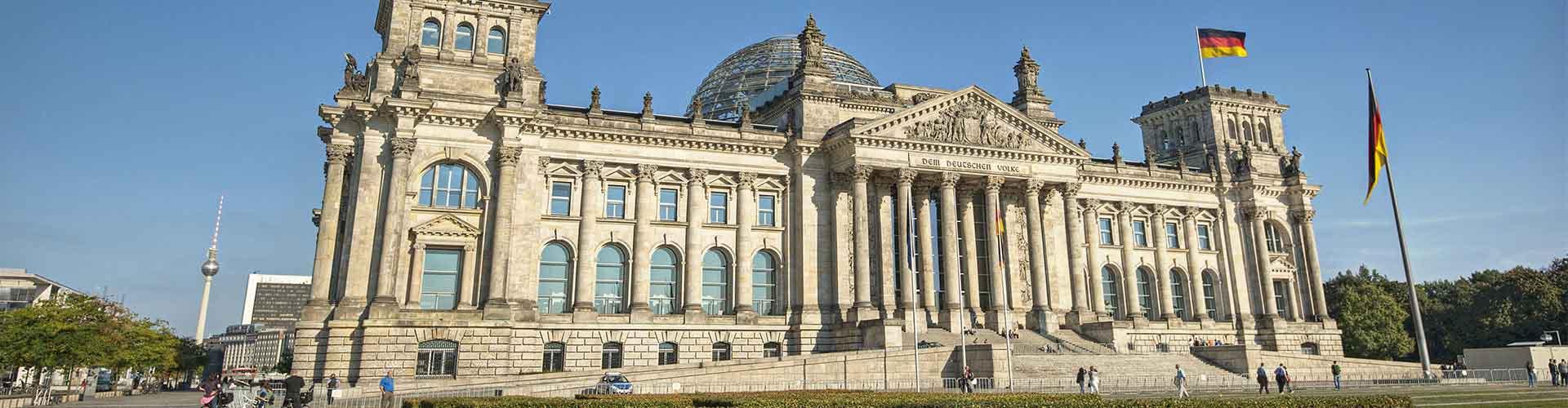 베를린 - 독일 의회건물에 가까운 호텔. 베를린의 지도, 베를린에 위치한 호텔에 대한 사진 및 리뷰.