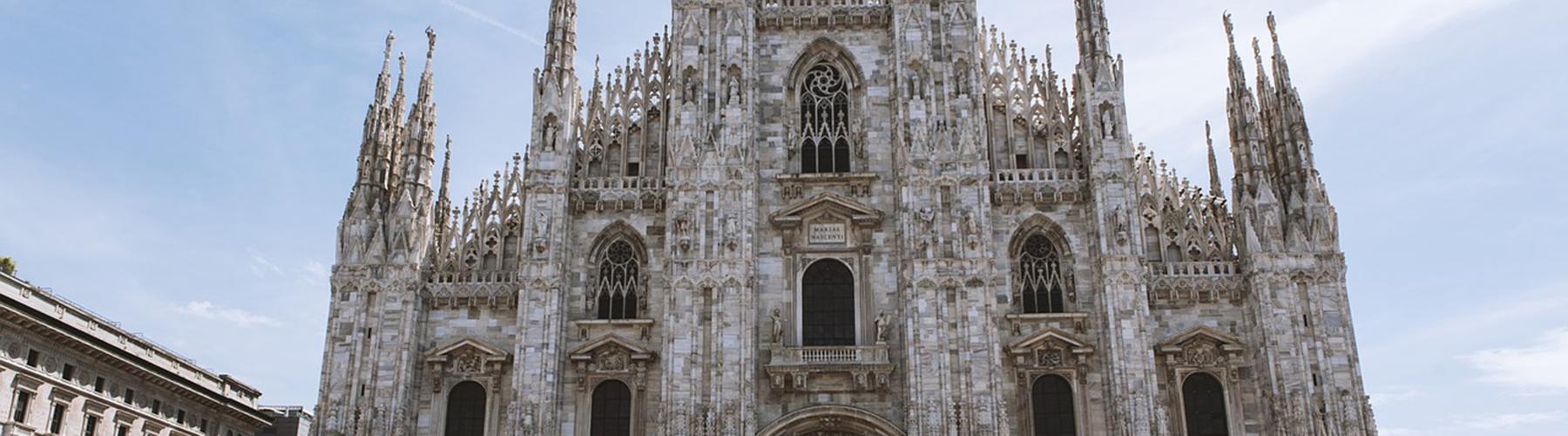 밀라노 - 밀라노 대성당에 가까운 아파트. 밀라노의 지도, 밀라노에 위치한 아파트에 대한 사진 및 리뷰.