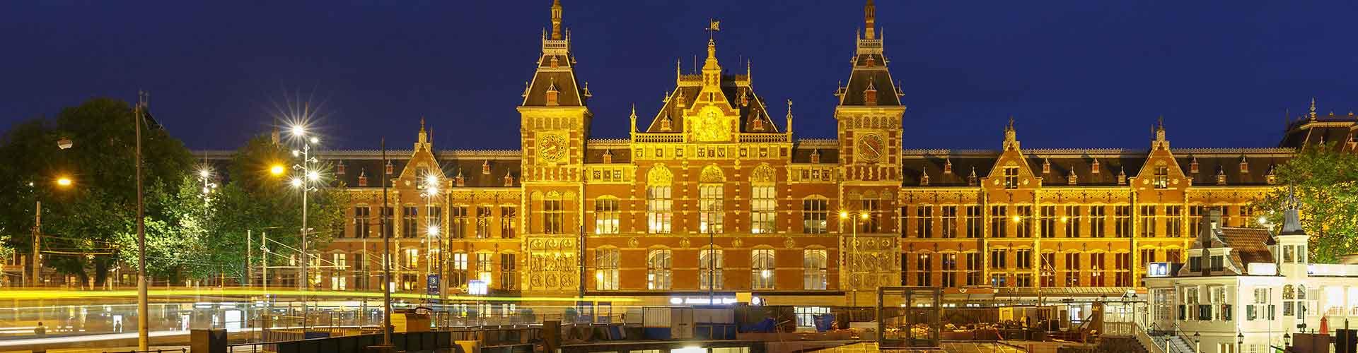 암스테르담 - 암스테르담 센트럴 기차역에 가까운 아파트. 암스테르담의 지도, 암스테르담에 위치한 아파트에 대한 사진 및 리뷰.