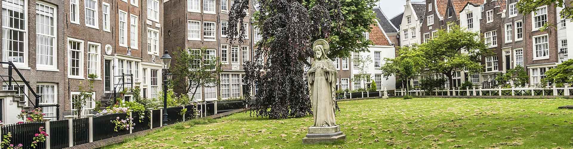 암스테르담 - 브뤼나쥐 (수녀원)와 가까운 호스텔. 암스테르담의 지도, 암스테르담에 위치한 호스텔 사진 및 후기 정보.